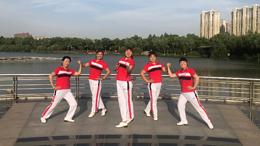 青儿广场舞爱上一朵花-原创 32步舞 附教学